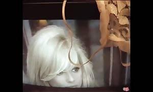 PUTA LOCURA dwarf blond female pounds Torbe